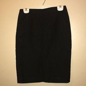 Loft Women's Straight Mid Skirt, Black Size 2.